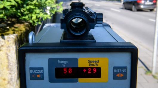 In der kommenden Woche kann es für Autofahrer an einigen Stellen im Landkreis Wolfenbüttel teuer werden.