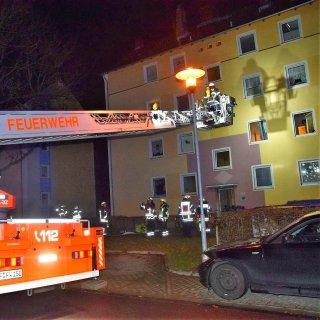 Die Feuerwehr Wolfenbüttel weckte in der Nacht von Samstag auf Sonntag einen Hausbewohner unsanft.