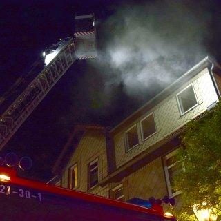 Die Feuerwehr rückte in der Nacht zu einem Brand in Wolfenbüttel aus.