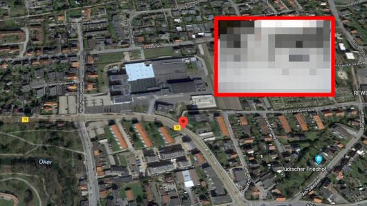 Gleich gegenüber dem Sitz von Jägermeister in Wolfenbüttel hat eine Frau eine spannende Entdeckung gemacht.