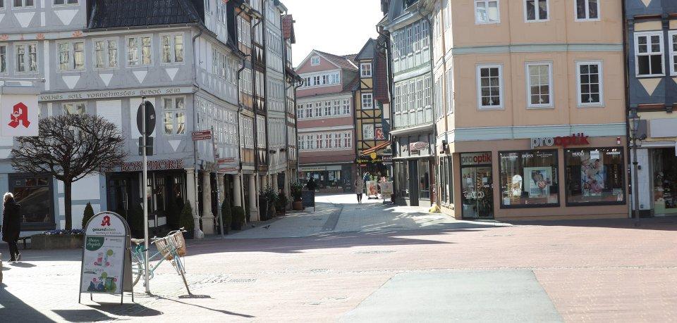 Die City von Wolfenbüttel ist wegen des Corona-Lockdowns nahezu ausgestorben – die fehlenden Einnahmen haben einen Laden in die Knie gezwungen. (Symbolfoto)