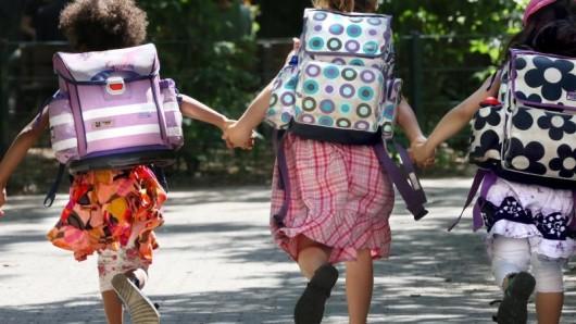 Jetzt aber fix: Im Mai können Eltern ihre Kinder bei den Grundschulen der Stadt Braunschweig anmelden. (Symbolbild)