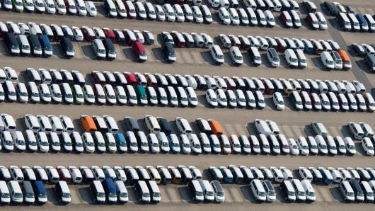 VW will 2019 mehr Autos verkaufen. Doch Volkswagen rechnet auch mit Gegenwind.
