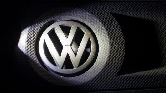 Baden-Württembergs grün-schwarze Landesregierung will bis Jahresende gegen VW eine Klage auf Schadenersatz einreichen. Und auch NRW prüft eine solche Klage (Symbolbild).