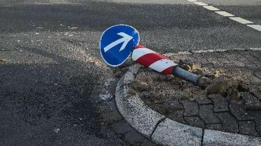 Dieses Schild musste dran glauben.