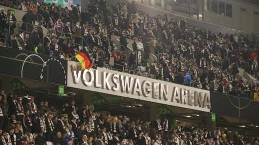 Beim Länderspiel in Wolfsburg gab es rassistische Rufe - die Ausrede der Verdächtigen ist mindestens peinlich (Symbolbild).