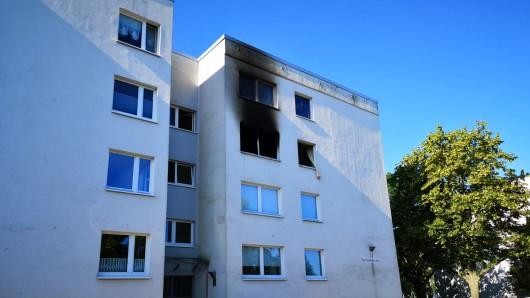 In diesem Mehrfamilienhaus ist das verheerende Feuer ausgebrochen.