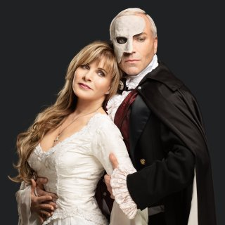 """Deborah Sasson und Uwe Kröger kommen mit dem """"Phantom der Oper"""" nach Wolfsburg."""