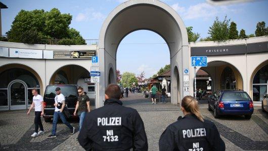 Die Stadt Wolfsburg zieht am Kaufhof die Reißleine. (Archivbild)